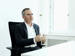 Dr Henrik Weimer